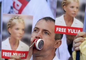 Главе МИД Украины после саммита в Брюсселе пришлось отвечать на вопросы о Тимошенко в Берлине