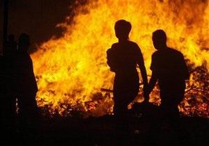 В Луганской области пожар едва не уничтожил село