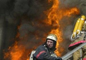 В отселенном здании в центре Киева произошел пожар