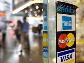 В США мошенники с помощью поддельных банковских карт похитили более $9 млн
