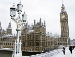Мэр Лондона оценил стойкость людей перед снегопадом и нашел финансовое поощрение