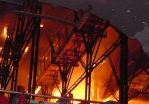 В МЧС обнародовали подробности крупного пожара в центре Киева