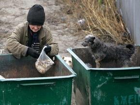 В центре Луцка в мусорном баке нашли тело младенца