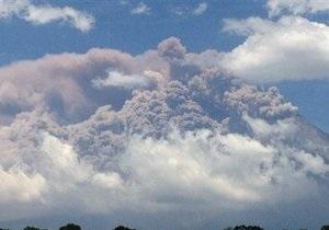Лава вулкана на Камчатке уничтожила постройки ученых