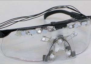 Антиочки. Японцы придумали гаджет,  прячущий  человека от Google Glass