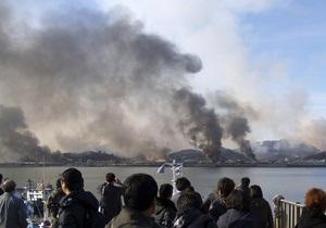 Фотогалерея: Дым над водой. Артиллерия КНДР обстреляла южнокорейский остров Енпхендо