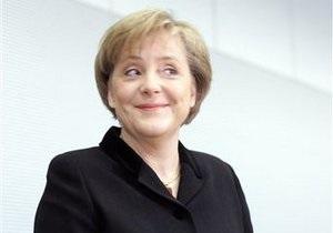 Меркель: Что бы там не считали в S&P, еврозона на пути выхода из кризиса