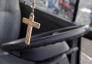 В Ровно водитель-священник, решивший не менять шины в религиозный праздник, попал в ДТП