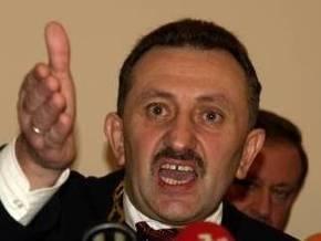 Суд оставил экс-судью Зварича под стражей