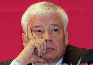 Экс-депутат Верховной Рады требовал дать ему бюллетень с собой