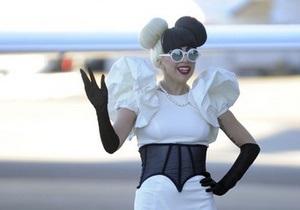 О Lady GaGa выпустят фотокнигу