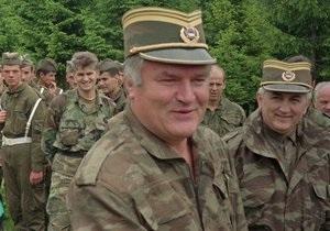 Би-би-си: Самолет с Младичем направляется в Гаагу