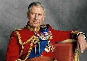 Большинство британцев хотят, чтобы следующим монархом стал принц Чарльз