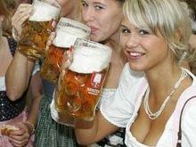 Диетологи: Люди толстеют от напитков