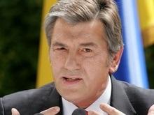 Ющенко посоветовал Тимошенко работать от зари до зари, а не на камеру