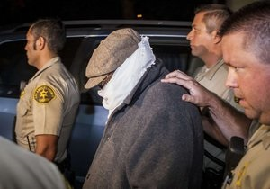 Суд приговорил продюсера Невинности мусульман к году тюрьмы