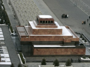 Опрос: Уже две трети россиян выступают за захоронение Ленина