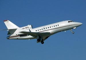 Для Януковича арендовали самолет как у Ахметова