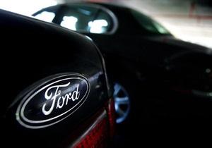 Ford продолжит сокращение штата в США