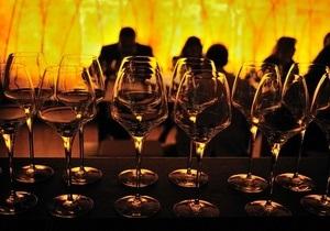 Ученые: Сверхурочная работа может привести к алкоголизму