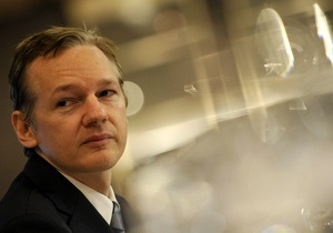 Сайт WikiLeaks располагает компрометирующими материалами о России