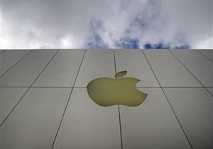 Американский суд запретил Apple судиться с Kodak