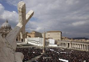 В Ватикане самозванец проник в зал заседаний кардиналов