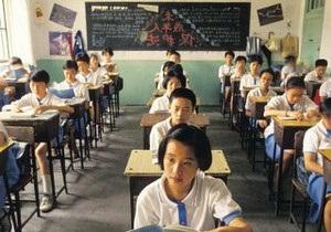 Жертвами давки в китайской школе стали восемь детей