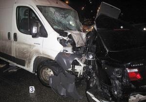 В Киеве в ДТП погиб начинающий водитель, еще два человека травмированы