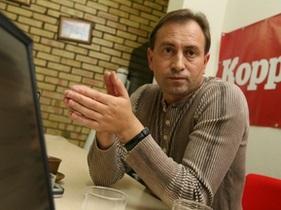Томенко: Как Черновецкий созывает сессию Киевгорсовета, если его нет в Украине?