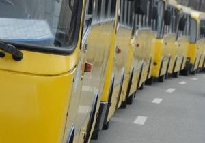 В Киеве мужчина пытался украсть выручку у водителя маршрутки