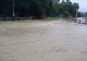 МЧС предупреждает о резком повышении уровня воды в реках на западе Украины