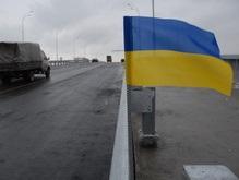 На Московском мосту устанавливают барьерное ограждение