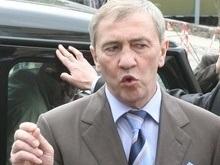 Черновецкий продаст на аукционе 200 служебных машин чиновников мэрии