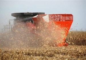 Украина в 2012 году намолотила третий по объему за время независимости урожай зерновых