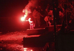 Сторонники Мубарака продолжают прибывать в центр Каира, на площади Тахрир слышна стрельба