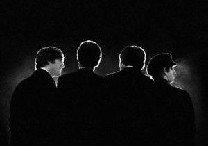 Пластинка с автографами The Beatles ушла с молотка за $300 тысяч