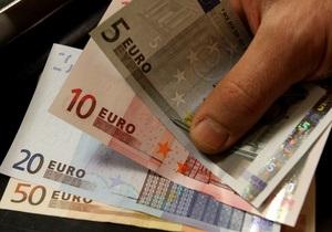 Беларусь ввела продажу валюты физическим лицам только по паспортам