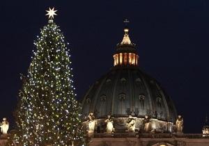 СМИ: Украинскую делегацию, ехавшую на открытие елки в Ватикане, ограбили