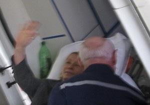 Тимошенко заявила об избиении: Через простыню я получила сильный удар кулаком в живот