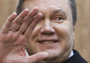 Янукович поздравляет работников торговли с профессиональным праздником