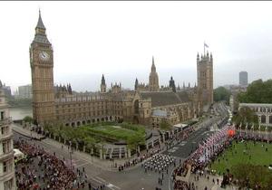 В Вестминстерском аббатстве началась церемония венчания принца Уильяма и Кейт Миддлтон