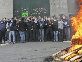 Во Франции бастуют тюремщики