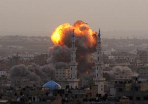 В ходе очередного налета Израиль атаковал офисы международных СМИ