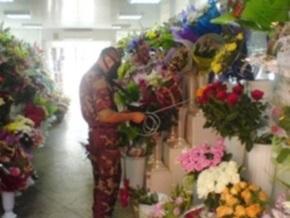 На рынке в Мелитополе распылили неизвестное вещество, отравились 15 человек
