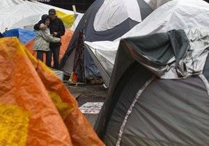 Суд запретил активистам движения Захвати Уолл-Стрит устанавливать в парке палатки