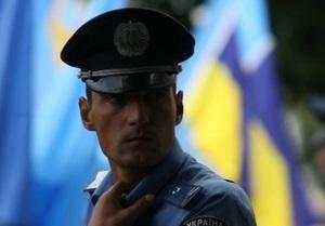 В Ивано-Франковске неизвестные обстреляли автомобиль с бизнесменом