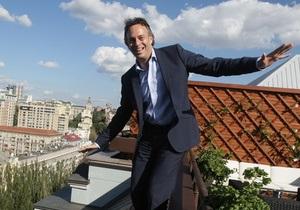 Корреспондент: Когда приедет цирк. Интервью с Крейгом Кохоном, вице-председателем Cirque de Soleil