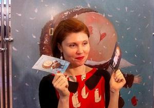 Художница Евгения Гапчинская создала новогодние открытки доброты