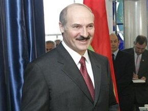 Лукашенко просит у США кредит